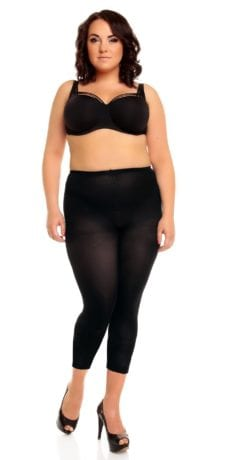 Plus size model wearing Glamory velvet 80 footless tights front veiw